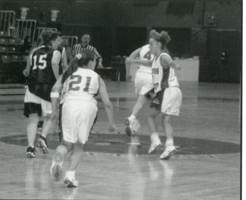 yearbook1999_womensBasketball_001.jpg